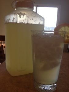 Mommy Makes it Better: Lemon Shake Ups (like fresh carnival lemonade that I have been craving!)