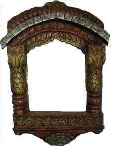 BEUTIFUL WOODEN HAND-CARVED PHOTO FRAME WINDOW
