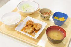 日吉キャンパスにて学生対象の100円朝食サービスを実施中:[慶應義塾]