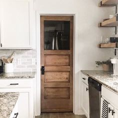 Best modern pantry door home Ideas Farmhouse Interior Doors, Modern Farmhouse Interiors, Modern Farmhouse Kitchens, Farmhouse Kitchen Decor, Kitchen Modern, Interior Modern, Interior Design, Kitchen Pantry Doors, Pantry Room