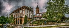Ayuntamiento e iglesia de San Juan Bautista de Leioa