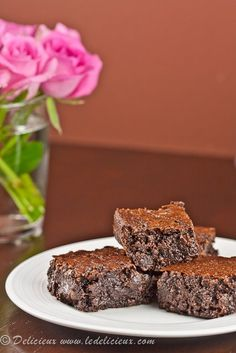 Nigella Lawson Flourless Chocolate Brownies {Gluten Free} | DeliciousEveryday.com