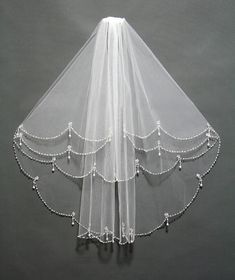 Exquisite Bridal Wedding Veil Embellish with by PrettySquareUSA