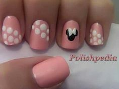 Really cute Minnie Mouse nails I don't understand how people can do such awesome nails? I went I the nail place yesterday an I was watching them put a bow on my nails and they did it so fast and amazing! Love Nails, How To Do Nails, Pretty Nails, Pink Nails, Dream Nails, Nails Polish, Shellac Nails, Acrylic Nails, Red Polish