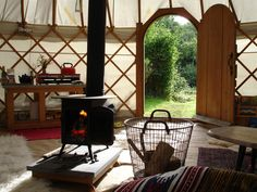 We offer a range of yurt interior packages alongside your yurt hire including wedding interiors, dining and glamping accommodations. Make your yurt hire special with Roundhouse Yurts! Small Space Living, Tiny Living, Living Spaces, Yurt Living, Gypsy Living, Yurt Interior, Yurt Home, Great Buildings And Structures, Modern Buildings