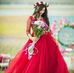 Dpz for girls Bridal Mehndi Dresses, Desi Wedding Dresses, Bridesmaid Dresses, Prom Dresses, Stylish Girl Images, Stylish Girl Pic, Beautiful Girl Image, Beautiful Bride, Simple Frock Design