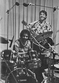 Drummerworld Page for Steve Gadd Jazz Artists, Rock Artists, Music Artists, Tony Levin, Steve Gadd, George Young, Studio Musicians, Paul And Linda Mccartney, Jazz Funk