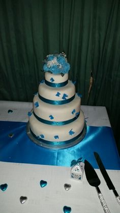 Ivory and Turquoise butterfly wedding cake