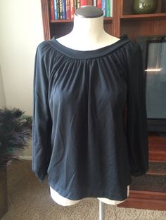 Vintage Black Pleat Neck Peasant Blouse Pull Over Blouse/Top