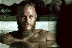 Vikings (series 2013 - ) Starring: Travis Fimmel as Ragnar Lothbrok. (click thru for larger image) Ragnar Lothbrok, Lagertha, Vikings Travis Fimmel, Ragnar Vikings, Travis Vikings, Vikings Tv Show, Vikings Tv Series, Viking Men, Viking Warrior