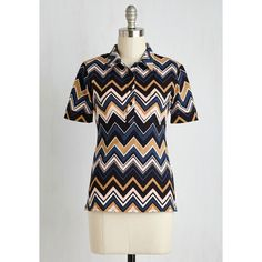 Motel Boho Mid-length Short Sleeves Nothin' but Dinette Top ($55) ❤ liked on Polyvore featuring tops, chevron top, chevron print tops, retro tops, star print top and side slit top