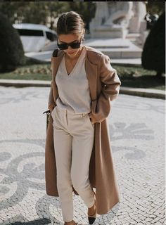 71da14663d Brown, beige, outfit, street style, inspiration Chic Womens Fashion, Mom  Fashion