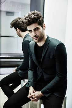 Spends forever trying to find a good picture of Matthew Daddario in black yes I'm that type of person)) Jonathan's outfit for the funeral.