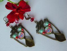"""Boucles d'oreille ,style asiatique """" MEI """" métal bronze ,cabochon papillon,perles de verre : Boucles d'oreille par bleusoupir"""