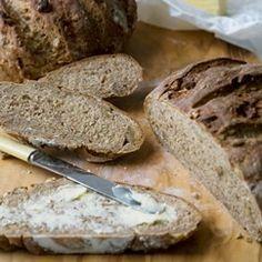 Dark Ale and Walnut Bread