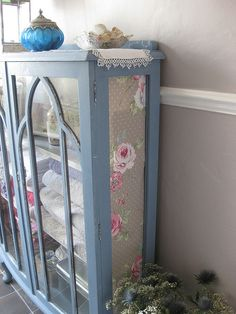 Upcycled Bathroom Cupboard I don't have this but I need it! Furniture Makeover, Furniture Decor, Painted Furniture, Bathroom Cupboards, Glass Cabinets, Distressing Painted Wood, Linen Cupboard, Linen Storage, Upcycled Furniture