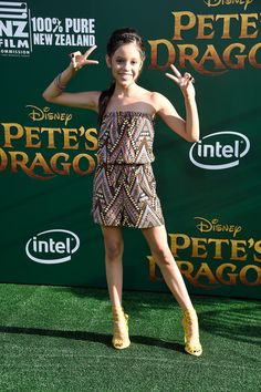 """Jenna Ortega Photos - Actress Jenna Ortega attends the premiere of Disney's """"Pete's Dragon"""" at the El Capitan Theatre on August 8, 2016 in Hollywood, California. - Premiere of Disney's 'Pete's Dragon' - Arrivals"""