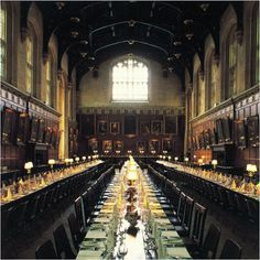 Christ Church, Oxford England (Hogwart's Dining Hall - I squeed when I walked in) Oxford England, England Uk, The Places Youll Go, Places To See, Oxford City, Warwick Castle, Visit Britain, English Castles, Castle House