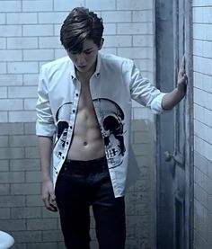 "Omg, Ren has got some abs! NU'EST's ""Good Bye Bye"""