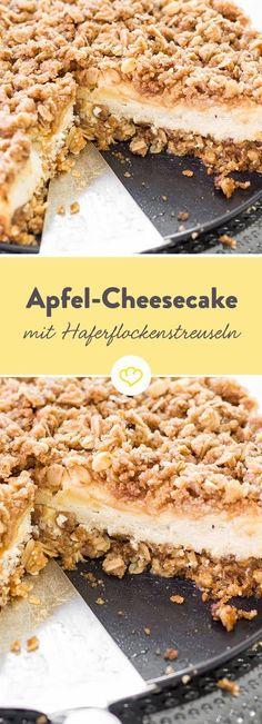 Äpfel und Frischkäse in der Füllung. Und Streuseln on top – dank Haferflocken besonders crunchy. Apple Cheesecake, Cheesecake Recipes, Cookie Recipes, Flour Recipes, Apple Recipes, Sweet Recipes, No Bake Desserts, Dessert Recipes, Sweets Cake