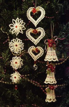 GORGEOUS Dangling Christmas Ornaments/Crochet Pattern INSTRUCTIONS ONLY