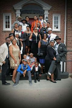 Harlem Nights theme party. Family Reunion Harlem Nights Theme Party, Gatsby Outfit, Old Hollywood Theme, Party Fashion, Fashion Outfits, Gatsby Party, 1920s Party, Renaissance Fashion, Harlem Renaissance