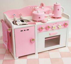 Kawaii Japan: Kawaii Play House Strawberry Kitchen Pink Girly Japan - if only this were life sized!!