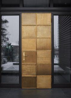 hotel door Creating unique and exclusive design de - hotel House Entrance, Entrance Doors, Doorway, Exterior Doors, Interior And Exterior, Architecture Details, Interior Architecture, Hotel Door, Main Door Design