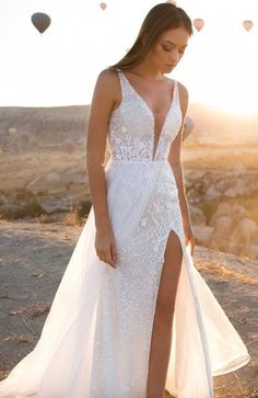 Island Wedding Dresses, Tropical Wedding Dresses, Slit Wedding Dress, Wedding Dress Necklines, Elegant Wedding Dress, Dream Wedding Dresses, Bridal Dresses, Destination Wedding Dresses, Short Girl Wedding Dress