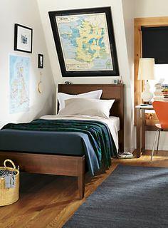 Calvin bed in mocha