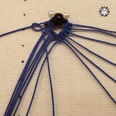 Tutorial: Blue step beaded earring – Macramotiv Macrame Earrings, Macrame Tutorial, Diy Kid Jewelry, Necklaces, Earrings