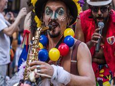 O Bloco da Laje, tradicional grupo de Carnaval de Porto Alegre, realiza no domingo, dia 23, um cortejo pela Orla do Rio Guaíba.