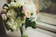 Wedding Spotlight Bride Interview | Downtown Cincinnati wedding | Classic wedding | Photos by Belle & Blanc | Custom wedding invitations by Poeme
