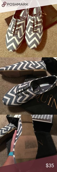 Chevron Oxfords NIB! No trades and all sales are final. Maybe wore one time. Francesca's Collections Shoes Flats & Loafers