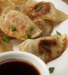Fry up some delicious pork dumplings for family and guests using this great recipe. Serve with soy or sweet chilli sauce for dipping. Empanadas, New Zealand Food, Pita, Sweet Chilli Sauce, Good Food, Yummy Food, Thinking Day, International Recipes, Asian Recipes