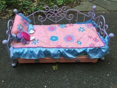Battat-Lavender-Purple-Day-Bed-Trundle-Furniture-fits-18-Doll-Metal-Scroll