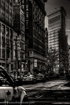 The Flatiron Building from Fifth Avenue between 27th & 28th streets; photograph by Regis Boileau