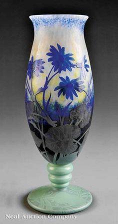 A Daum Nancy Cameo Glass Vase, late 19th c.