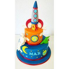 Rocket ship Birthday cake Smash Cakes, 3rd Birthday, Birthday Candles, Cake Decorating, Museum, Ship, Style, Food Cakes, Stylus