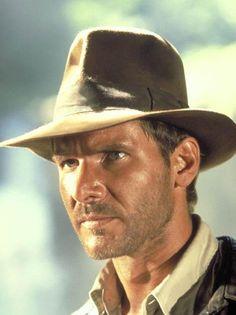 Harisson Ford et le fameux chapeau d'Indiana Jones.