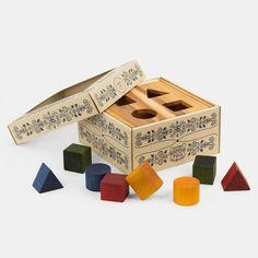 Sortier- und Steckbox mit geometrischen Formen aus Holz von Wooden Story | Echtkind