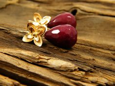 Ruby color jade tear drop gem stone gold plated by sherijewelry, $36.00