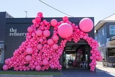 ONE MONTH WELCOME #balloongarland #balloonarch #balloons