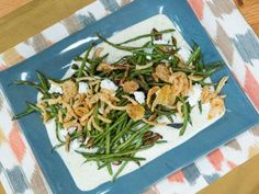 Food network recipes 179721841367542687 - Sub Asparagus Gorgonzola Walnuts for Christmas Get Sheet Pan Green Bean Casserole Recipe from Food Network Source by kizgold Pan Green Beans, Roasted Green Beans, Greenbean Casserole Recipe, Casserole Recipes, Cornbread Recipes, Casserole Dishes, Vegetable Sides, Vegetable Side Dishes, Side Dish Recipes