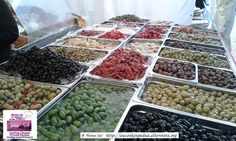 Padova - Padua Italy: explore the food markets with Mama Isa and learn how to cook with Mama Isa's Cooking Classes http://isacookinpadua.altervista.org/ - You'll find a wealth incredibly great food shops - Black olives, green olives, red chilli peppers, artichokes...
