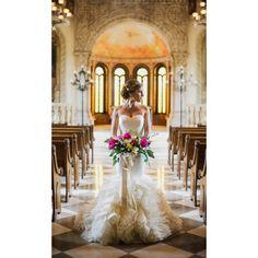 Dallas wedding photographer, Shannon Skloss Photography www.shannonsklossphotography.com #shannonsklossphotography Bella Donna chapel McKinney tx wedding Vera wang lark