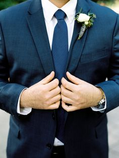 Navy suit with classic tie | Photography: Dana Fernandez photography