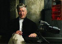 TRAILER. 'PLAYING LYNCH', John Malkovich interpreta a diversos personajes de Lynch  - ENFILME.COM