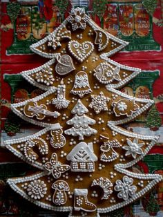 Same Czech artist who made the candleholder white-iced village. Christmas Gingerbread House, Christmas Sweets, Christmas Baking, All Things Christmas, Winter Christmas, Christmas Cookies, Christmas Holidays, Christmas Crafts, Xmas