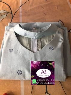 Kurtha Designs, Chudidhar Neck Designs, Salwar Neck Designs, Churidar Designs, Kurta Neck Design, Neck Designs For Suits, Neckline Designs, Kurta Designs Women, Dress Neck Designs